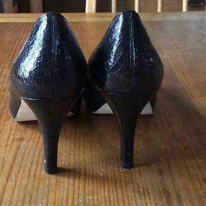 Black, patent leather, patterned, platform, size 8